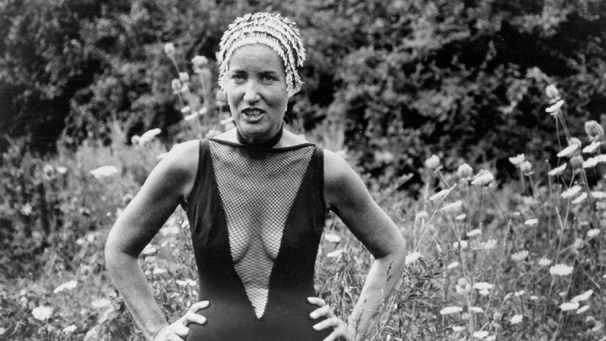 Grey Gardens (Documentary, 1975) Directed by David Maysles, Albert Maysles, Ellen Hovde, Muffie Meyer, Susan Froemke Shown: Edie Bouvier Beale
